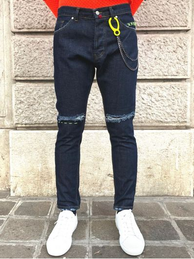 Jeans catena fluo