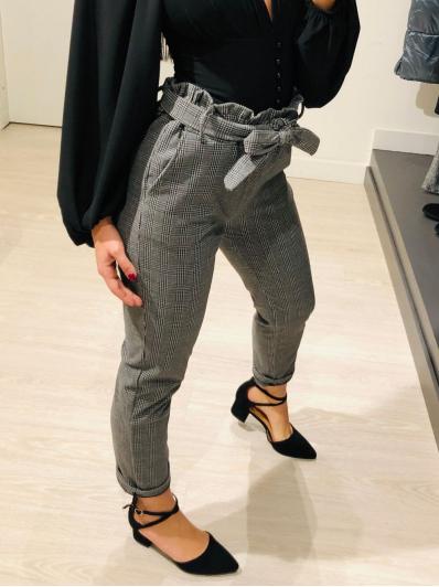 Pantalone fantasia con cintura