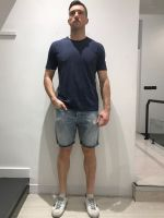 Bermuda di jeans strappettini