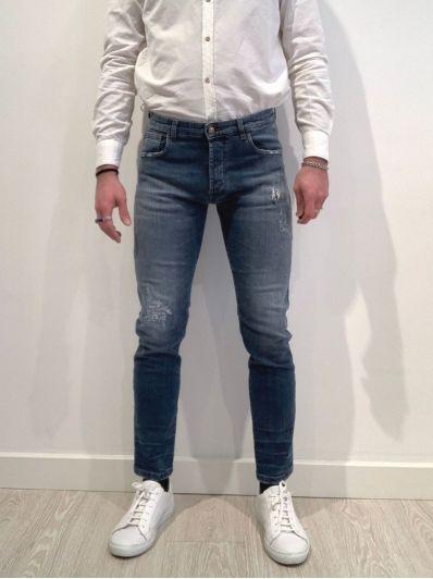 Jeans piccoli graffi
